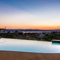 Custom Built Home With Panoramic Lake Views, Infinity Pool And Jacuzzi